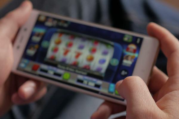 бонусы казино с выводом денег на карту